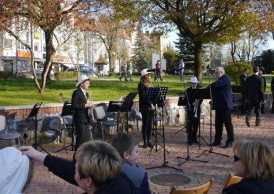 """""""Junior Brass"""" oraz """"Junior Brass""""-  Trio gra na Majówce Europejskiej 01.05.2017"""